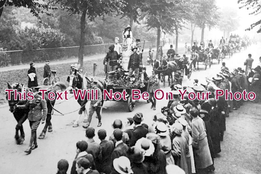BF 172 - Horse Drawn Procession, Bedford, Bedfordshire WW1 - 6x4 Photo