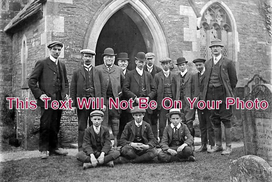 HR 184 - Group Outside Rowlestone Church, Herefordshire Easter 1911 - 6x4 Photo