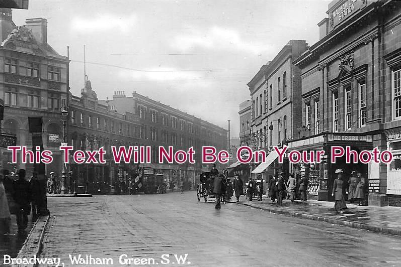 LO 1028 - Broadway, Walham Green, London - 6x4 Photo