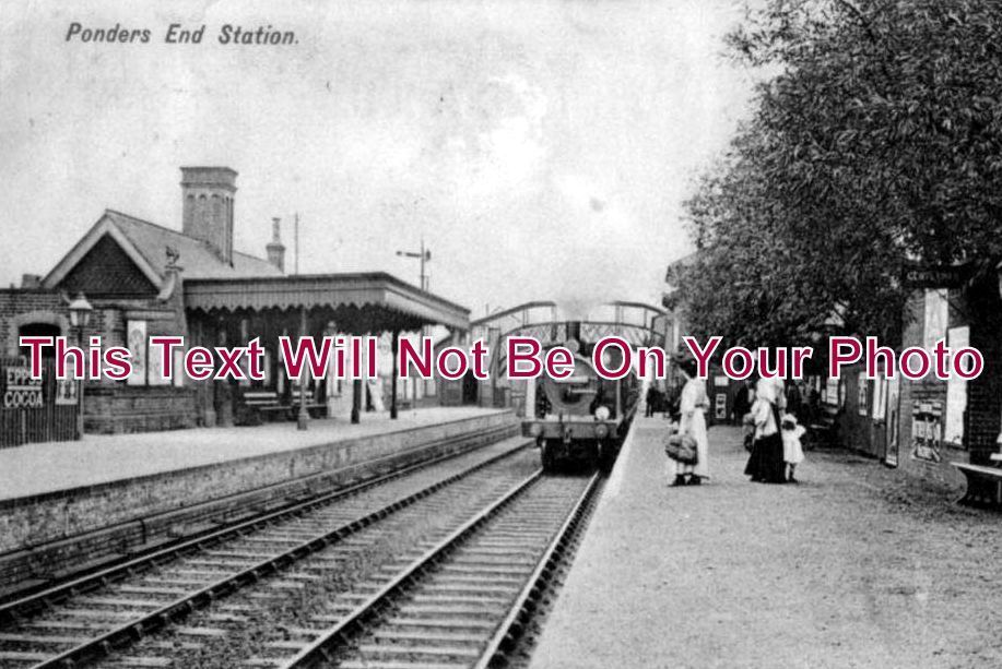 MI 135 - Ponders End Railway Station, Enfield, Middlesex c1905 - 6x4 Photo