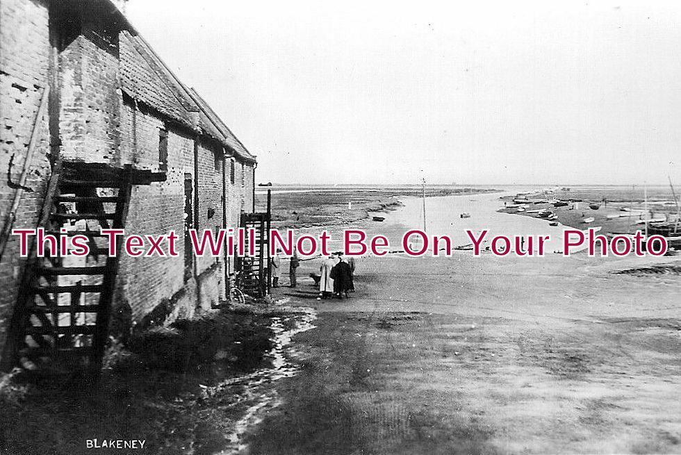 NF 1048 - Blakeney, Norfolk c1924 - 6x4 Photo